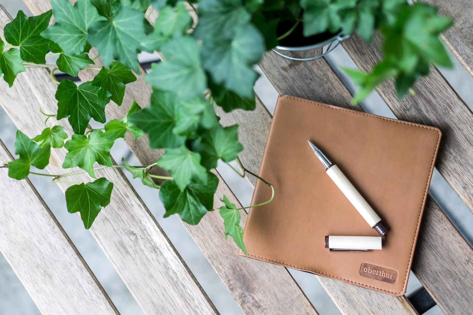 stylo-roller-avantages-article-blog-oberthur-lifestyle-papeterie-ecriture