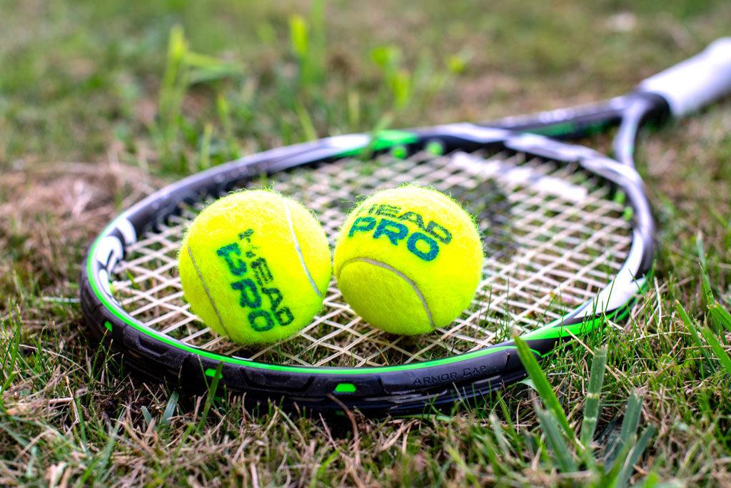 college-conseils-sport-raquette-tennis
